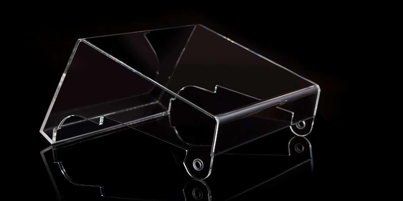 Acrylglasverarbeitung: Acrylglas Abdeckhaube mit Rundbiegung von mentec®