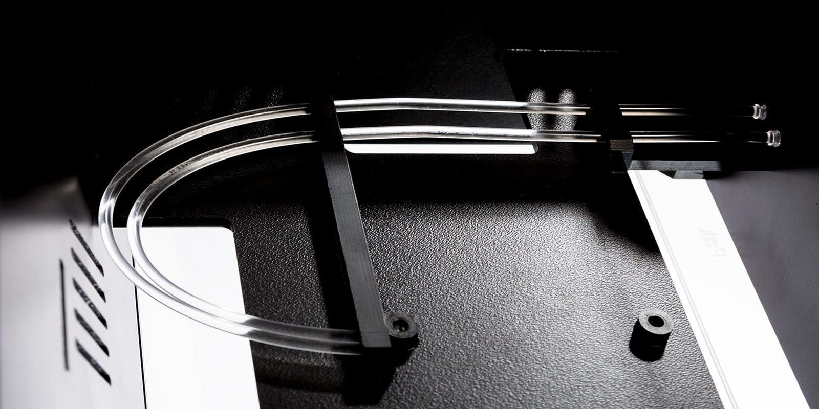 Kunststoffgehäuse mit flexiblem Lichtleiter von mentec®
