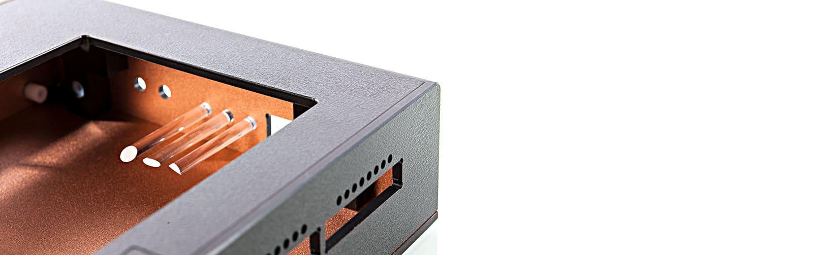 Kunststoffgehäuse EMV Lack Lichtleiter von mentec®