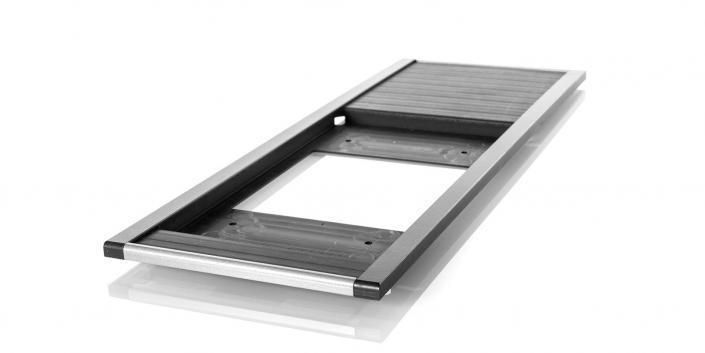 mentec Kunststoffgehäuse: Rahmen mit Dekorleisten für eine Bedieneinheit